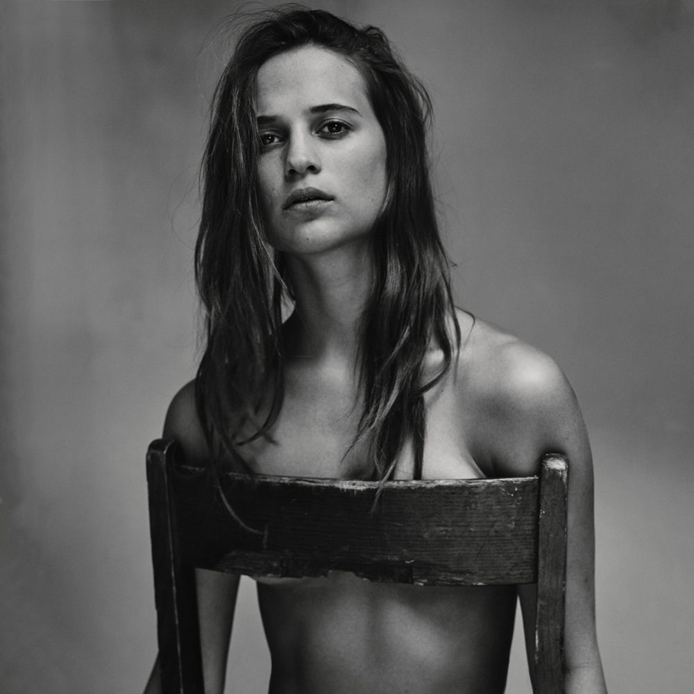 Alicia-Vikander-Topless-1