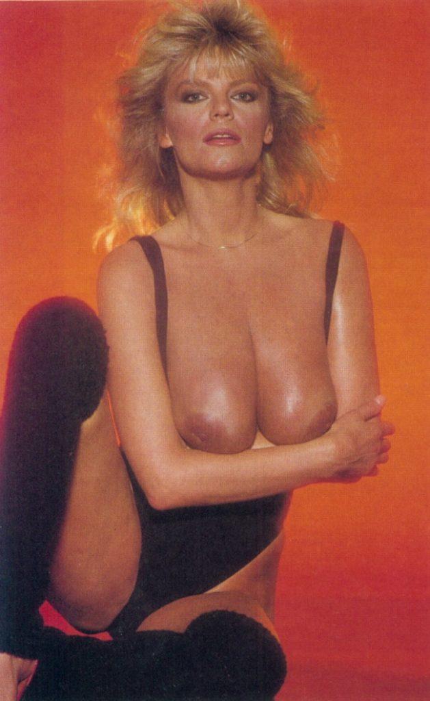 carol wayne nude