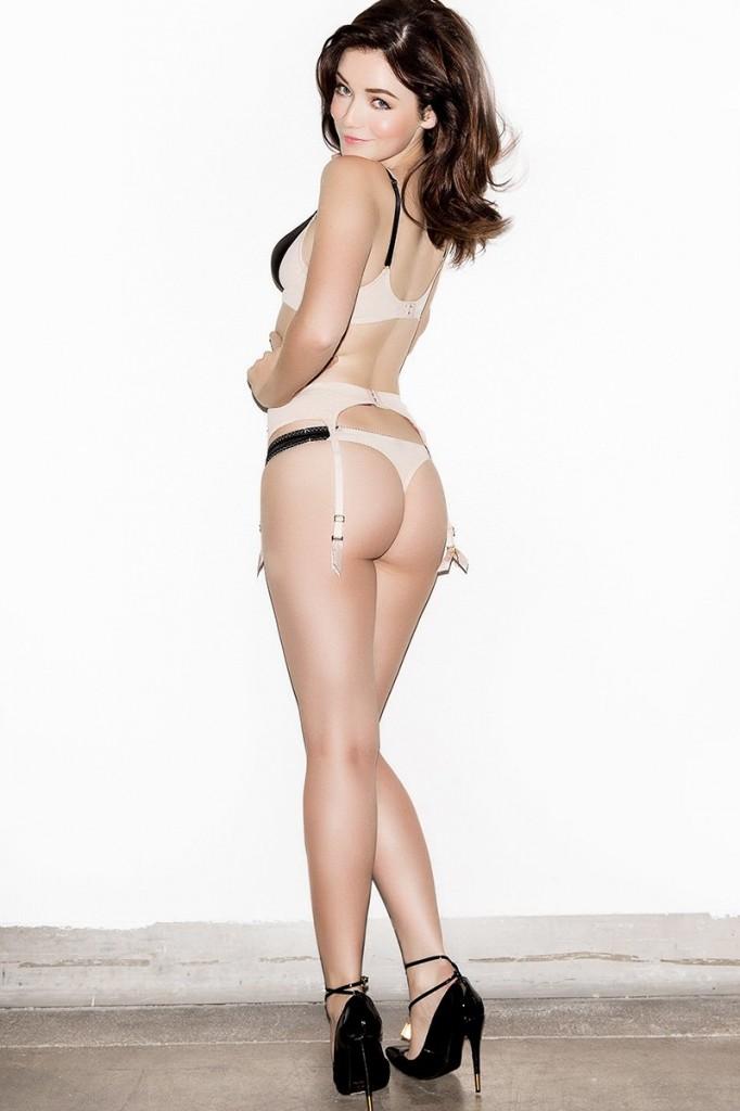 Sarah Bolger Topless 03
